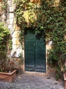 Apartment doorway. (Rome 2012)